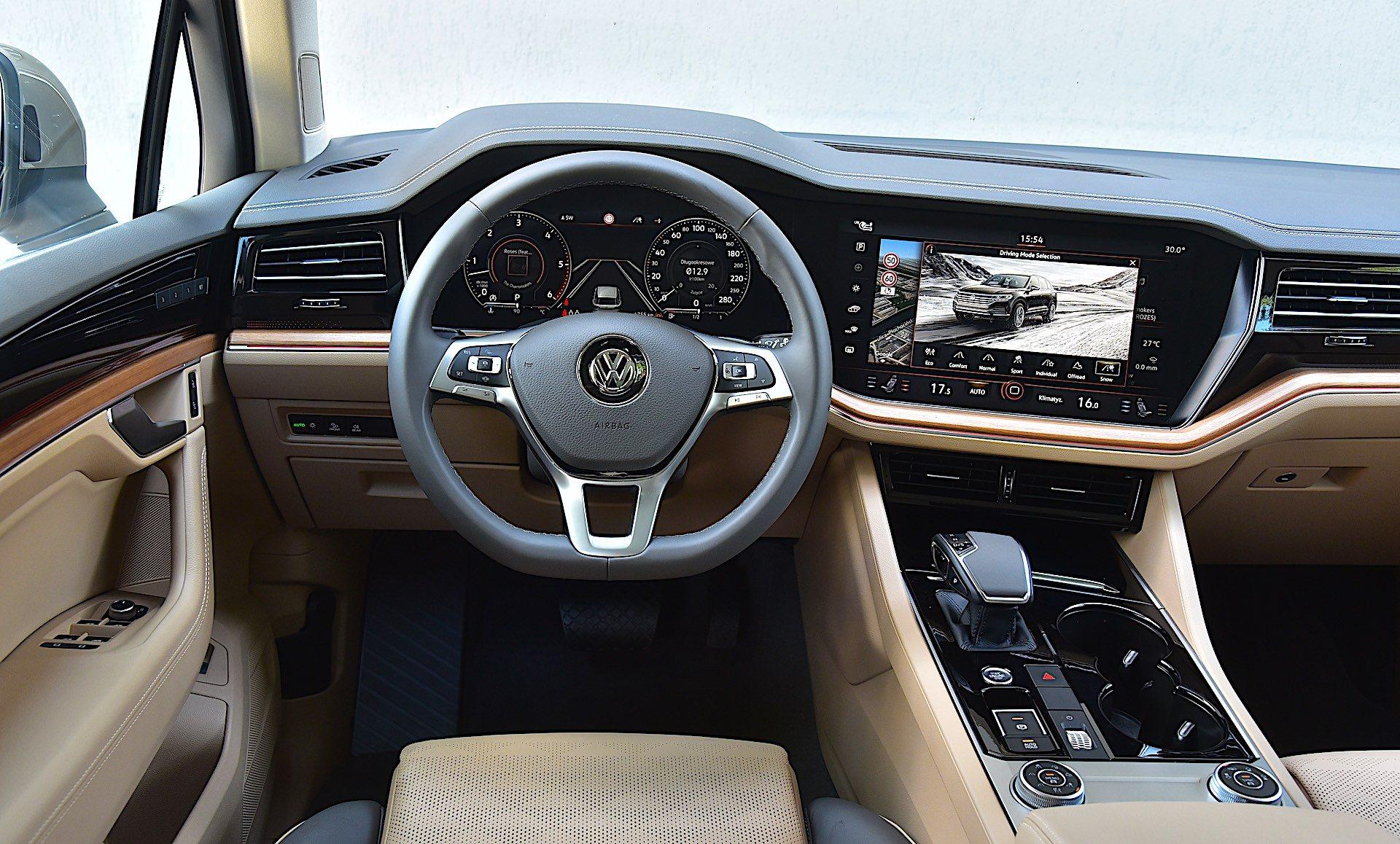 Volkswagen Touareg – Innovision Cockpit