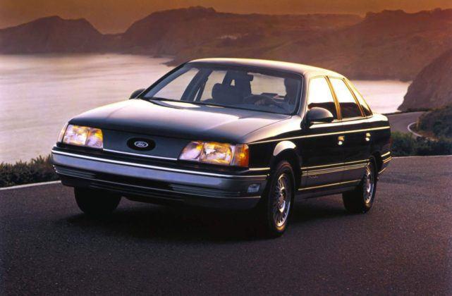 Ford Taurus - pierwsza generacja (1986)