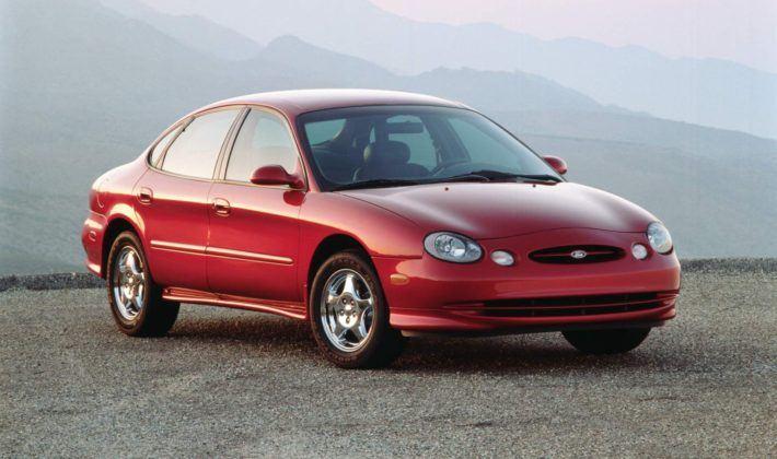 Ford Taurus - druga generacja (1996)
