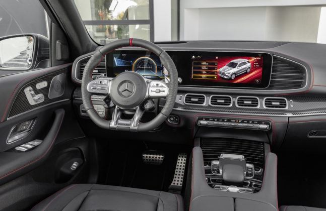 Mercedes-AMG GLE 53 4MATIC+ - kokpit