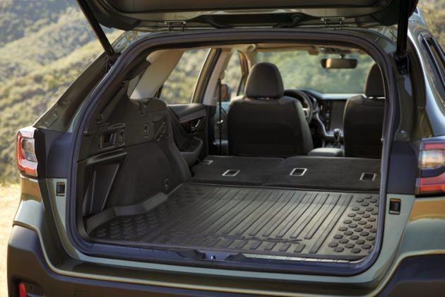 2020 Subaru Outback - bagażnik