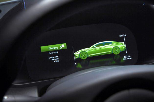 Aston Martin Rapide E - ekran