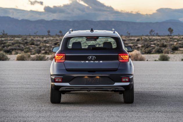 Hyundai Veneu - tył