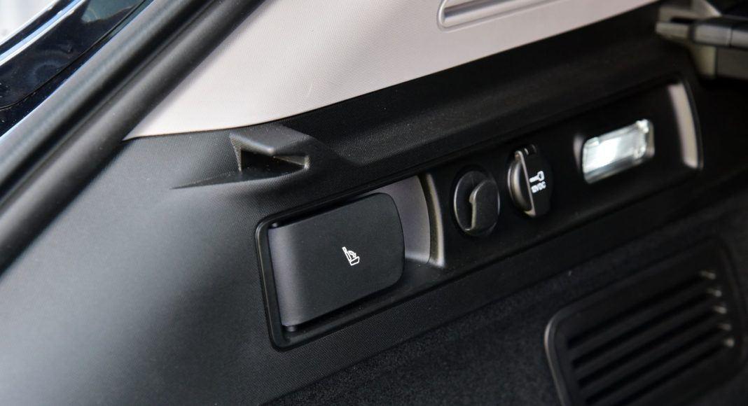 Alfa Romeo Stelvio 2.2 Diesel - bagażnik