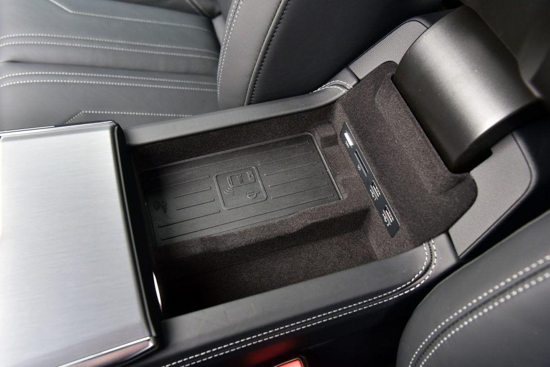 Audi A7 Sportback 50 TDI - schowek