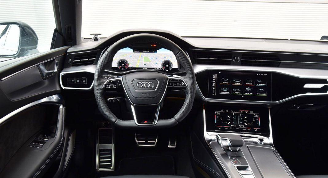 Audi A7 Sportback 50 TDI - deska rozdzielcza