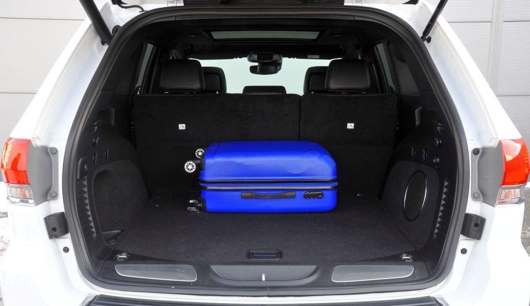 Jeep Grand Cherokee - bagażnik