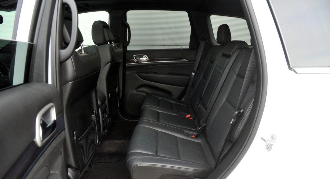 Jeep Grand Cherokee - kanapa