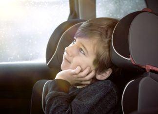 Trudne pytania, które dzieci zadają w samochodzie
