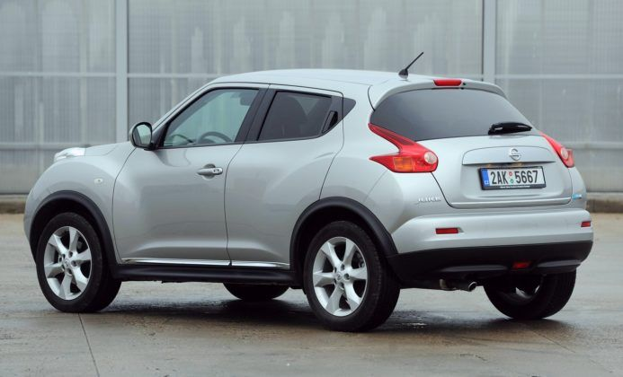 Nissan Juke - tył