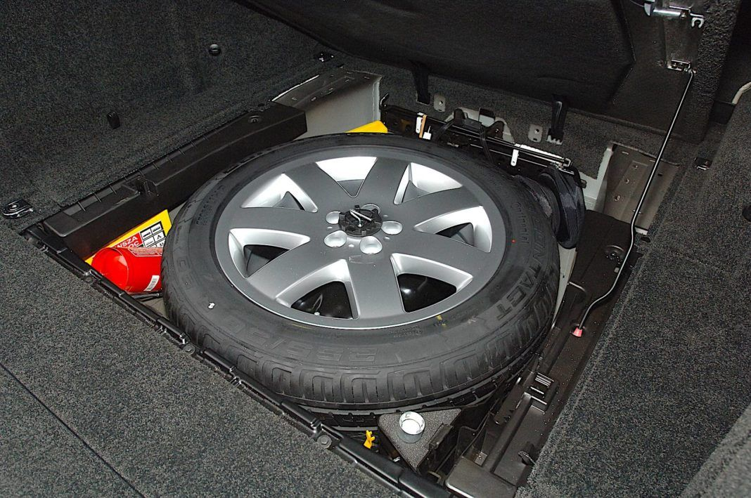 Range Rover - kolo zapasowe