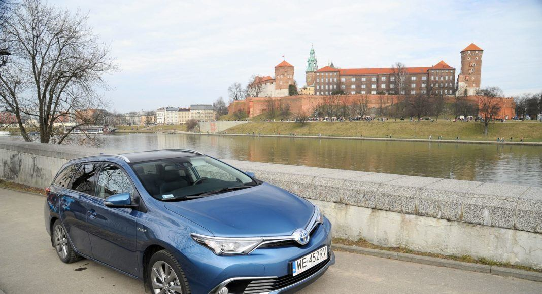 Toyota Auris TS Hybrid - Kraków