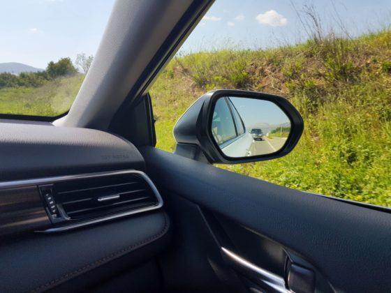 2019 Toyota Camry - słupek dachowy