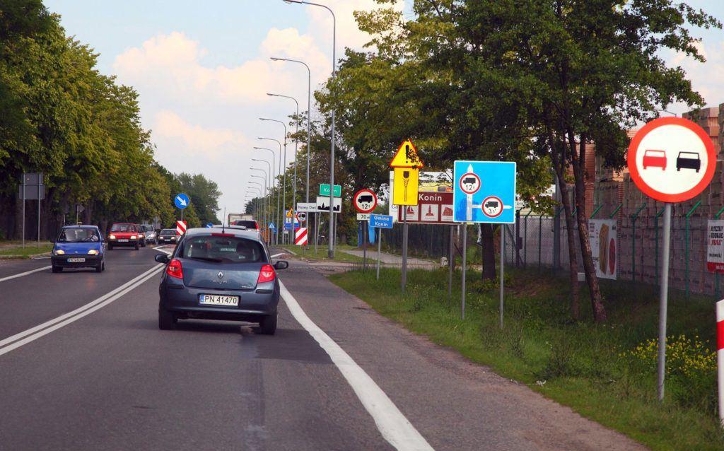 Znaki drogowe 02