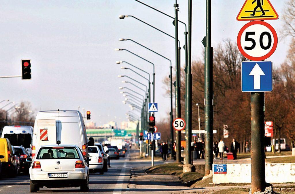 Znaki drogowe 04