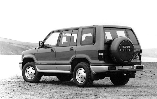 Isuzu Trooper - tył