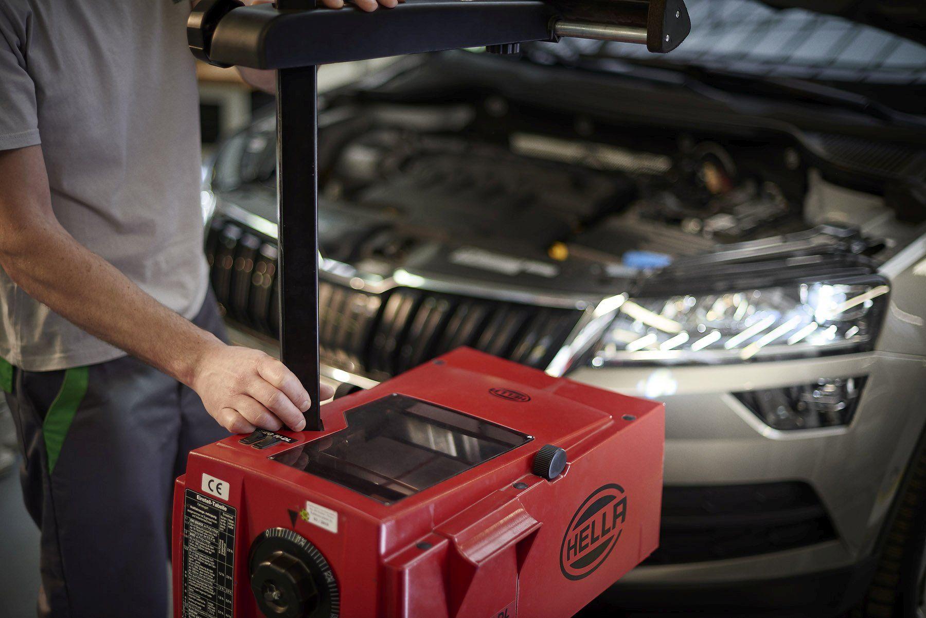 wiosenny przegląd samochodu - regulacja świateł