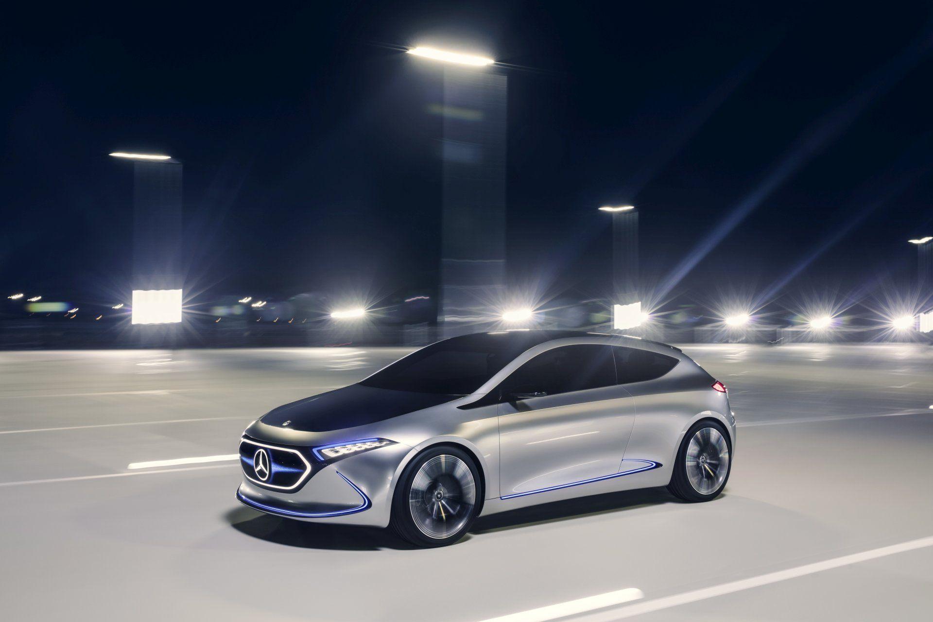Prototypowy Mercedes EQA z 2017 r.