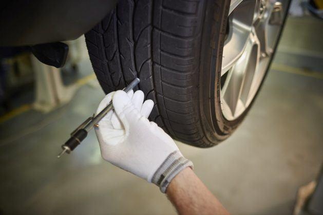 wiosenny przegląd samochodu - przegląd i wymiana ogumienia