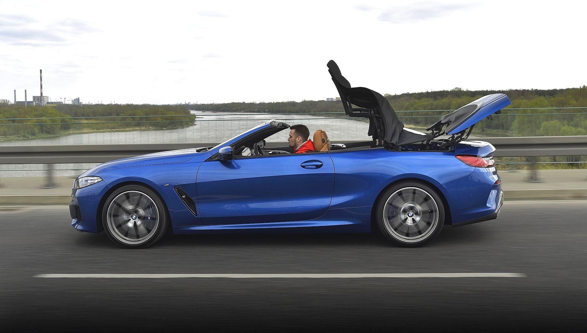BMW M850i Cabriolet 25
