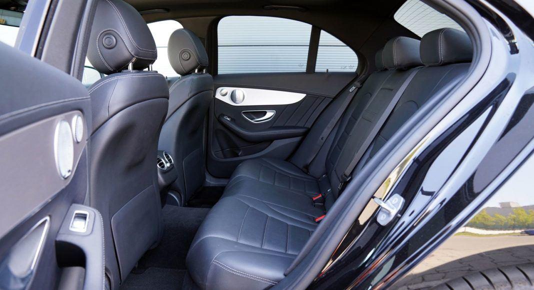 Mercedes klasy C 300 02