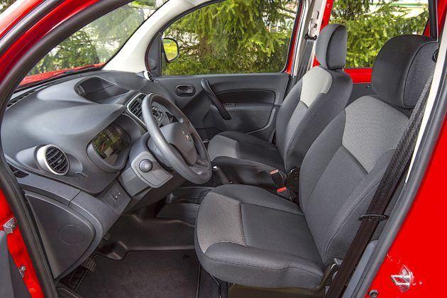 Nissan NV250 - fotele