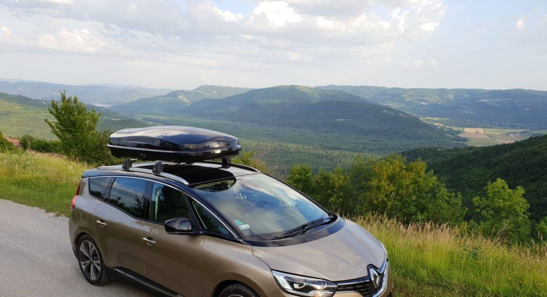 RENAULT Grand Scenic IV Intens 1.5dCi 110KM 7AT EDC 7-os WE180SX 06-2018 DD