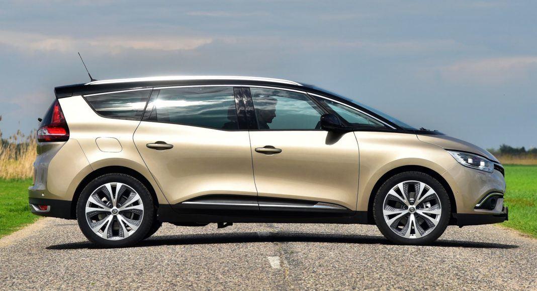Renault Grand Scenic - bok
