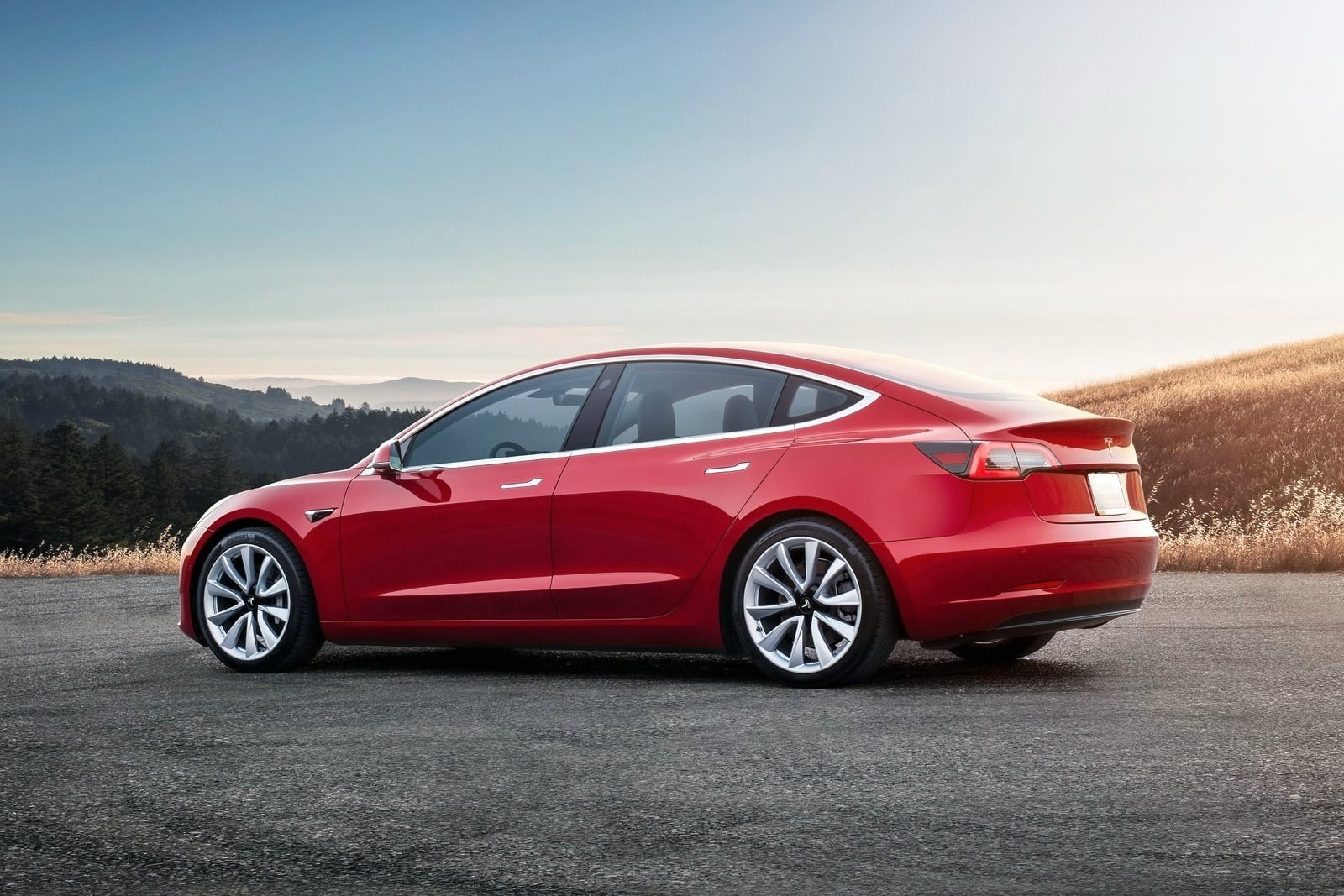 Tesla Model 3 – tył