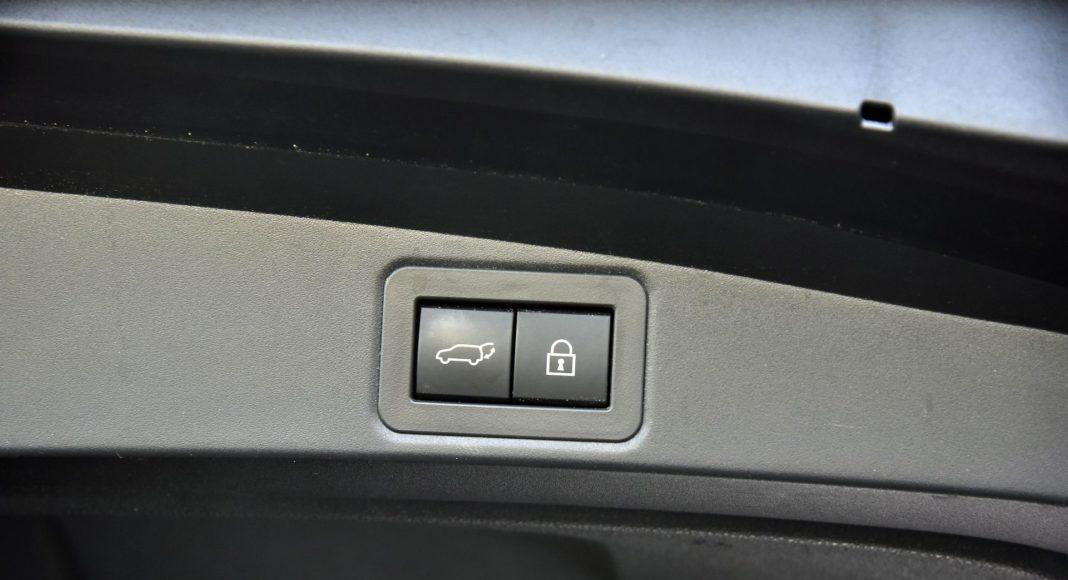 Toyota Corolla TS 2.0 Hybrid 19