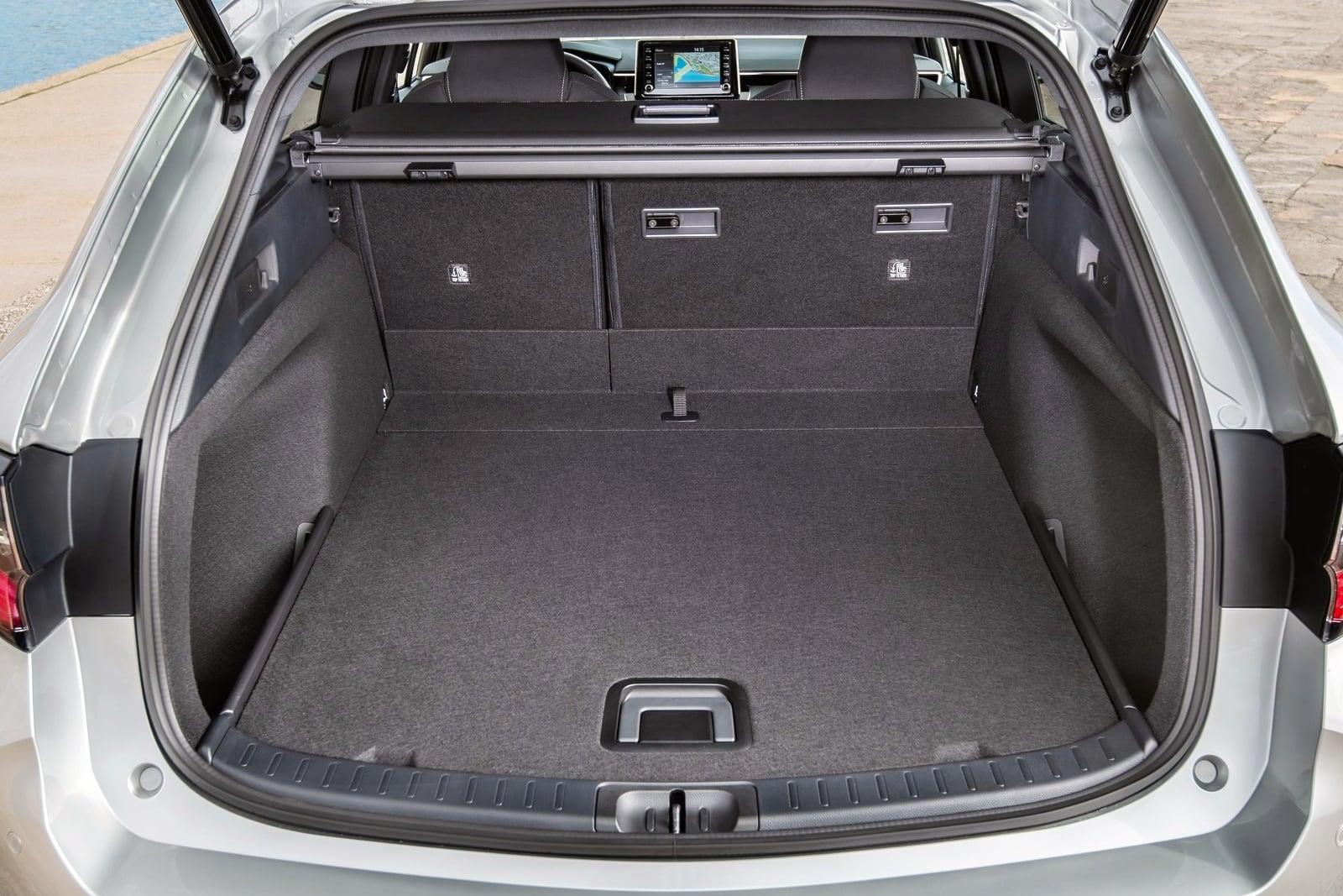 Toyota Corolla Touring Sports – bagażnik