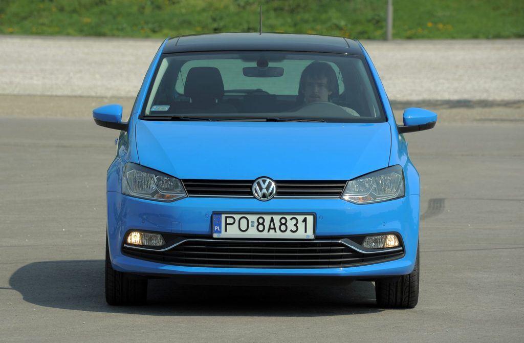 Volkswagen Polo V 16