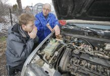 nienaprawialne silniki - za droga naprawa silnika