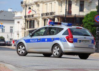 Prawo jazdy wydane 32 sierpnia, wydrukowane na drukarce i inne absurdy