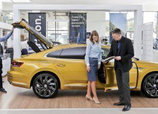 Wbrew statystykom Polacy kupują bardzo mało nowych samochodów – ANALIZA