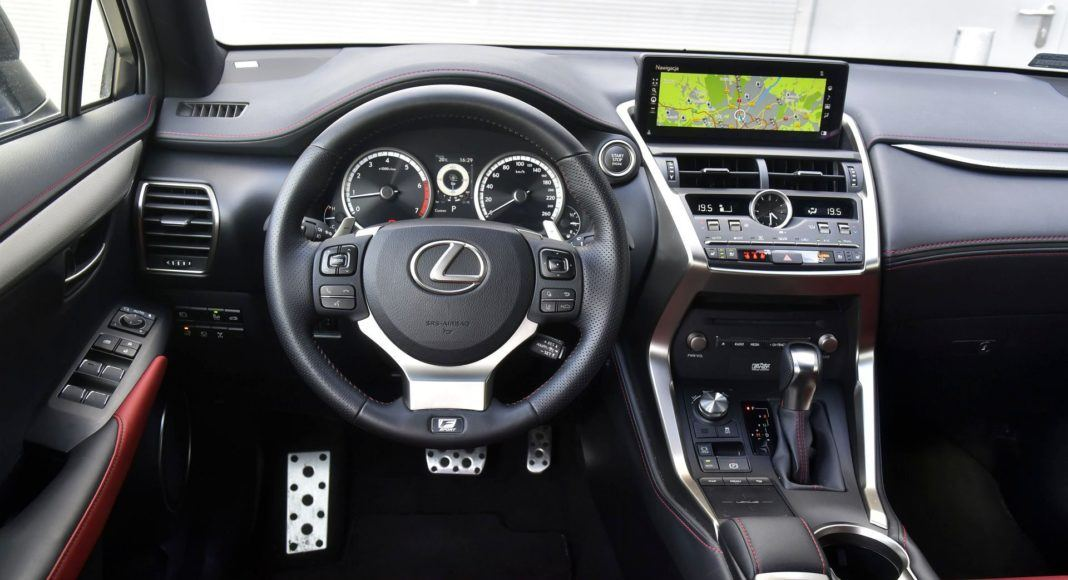 LEXUS NX 300 I FL F-Sport 2.0T 238KM 6AT 4x4 E-Four WE231UT 04-2019