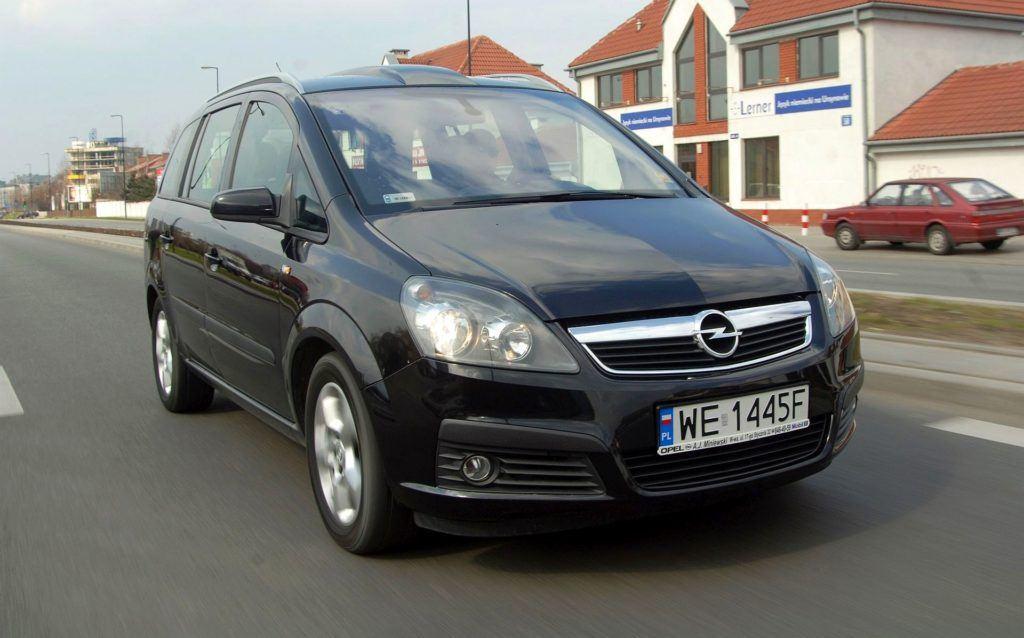 Opel Zafira B 05