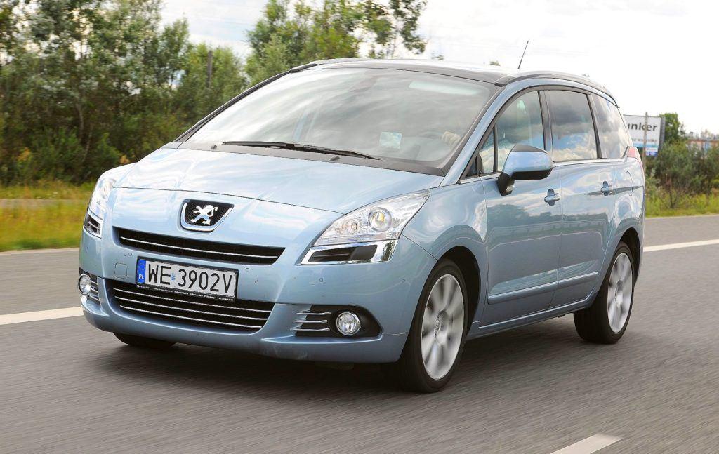 Peugeot 5008 01