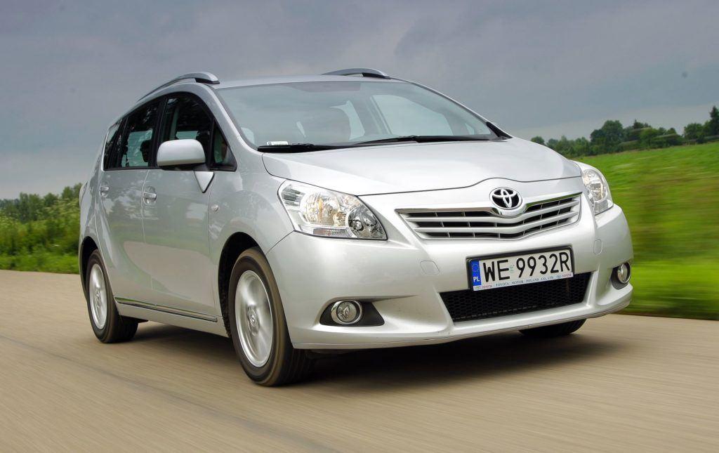 Toyota Verso 09