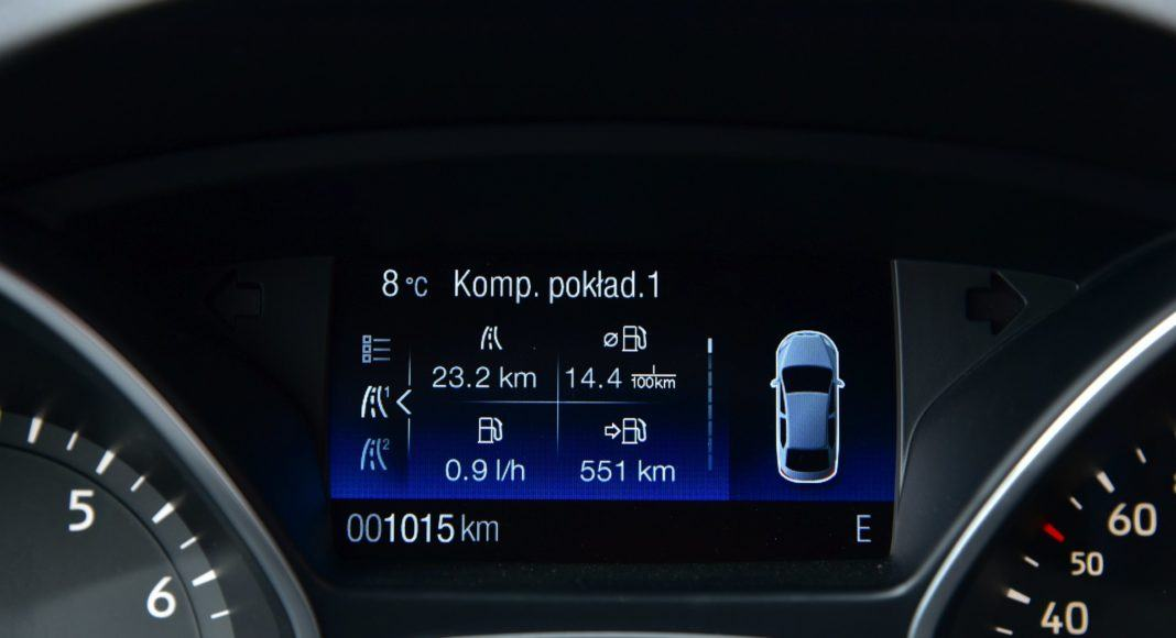 FORD Kuga II FL ST-Line 1.5EcoBoost 150KM 6MT FWD WE945VW 05-2019