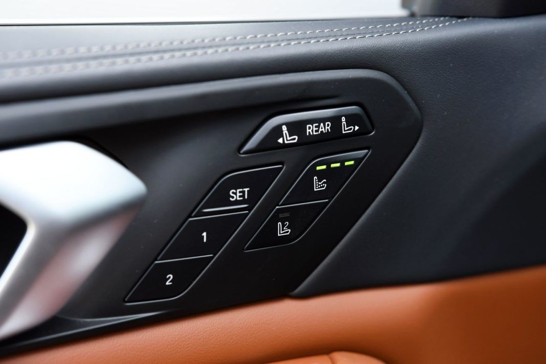 BMW X7 G07 xDrive40i 3.0T R6 340KM 8AT 6-os WT95408 06-2019