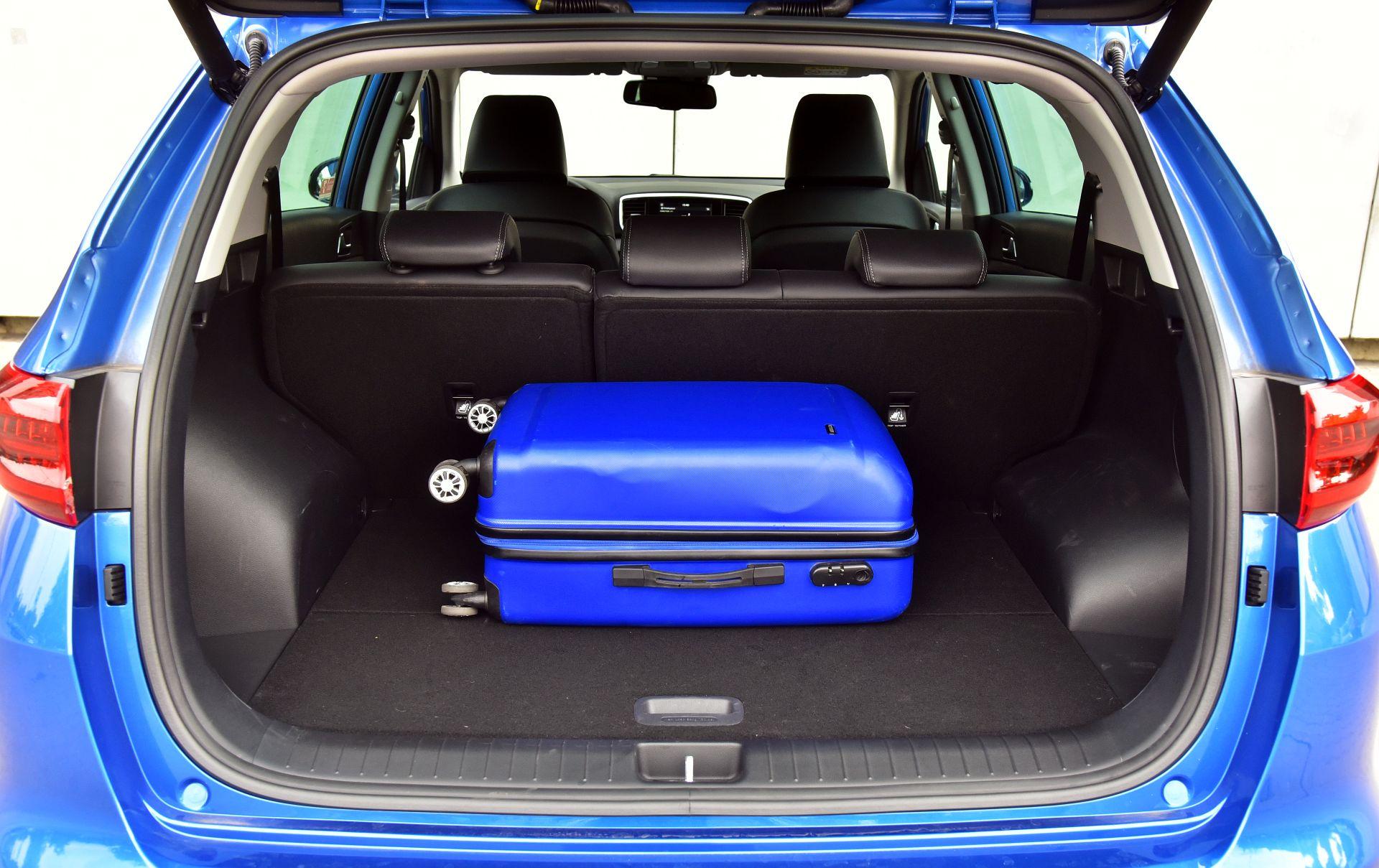 SUV KIA Sportage