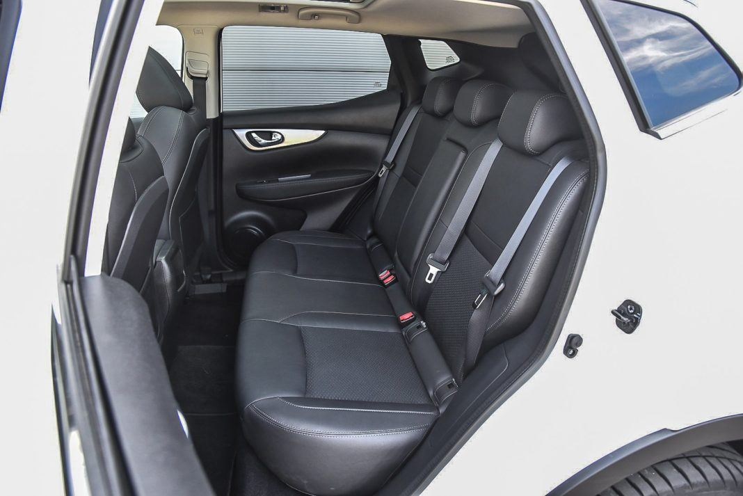 Nissan Qashqai – fotele z tyłu
