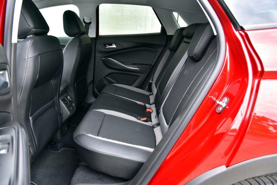 OPEL Grandland X Elite 1.5TurboD 130KM 8AT FWD WE835UC 09-2018