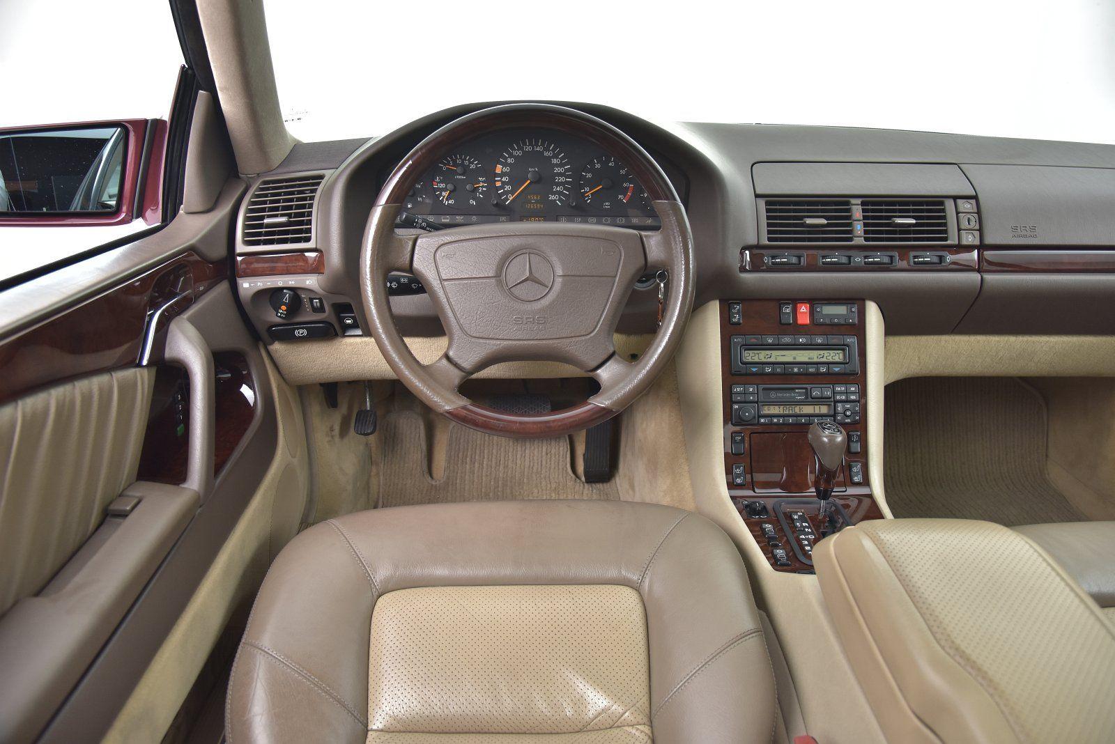 Mercedes C140