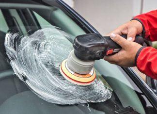 Polerowanie szyb samochodowych – skuteczny sposób na usunięcie rys?