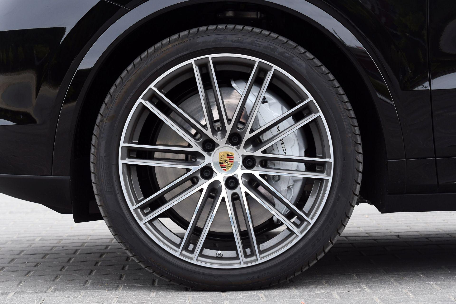 Porsche Cayenne Turbo Coupe 07