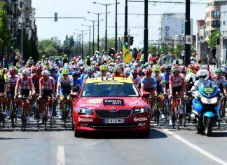 Tour de France 2019: jakimi samochodami jeździły załogi TdF?