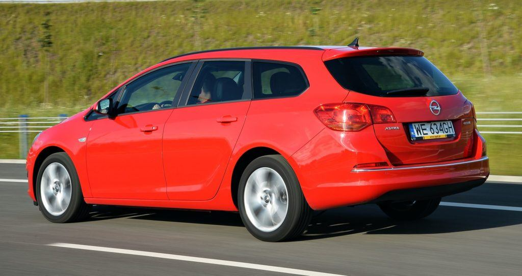 Opel Astra IV Sports Tourer