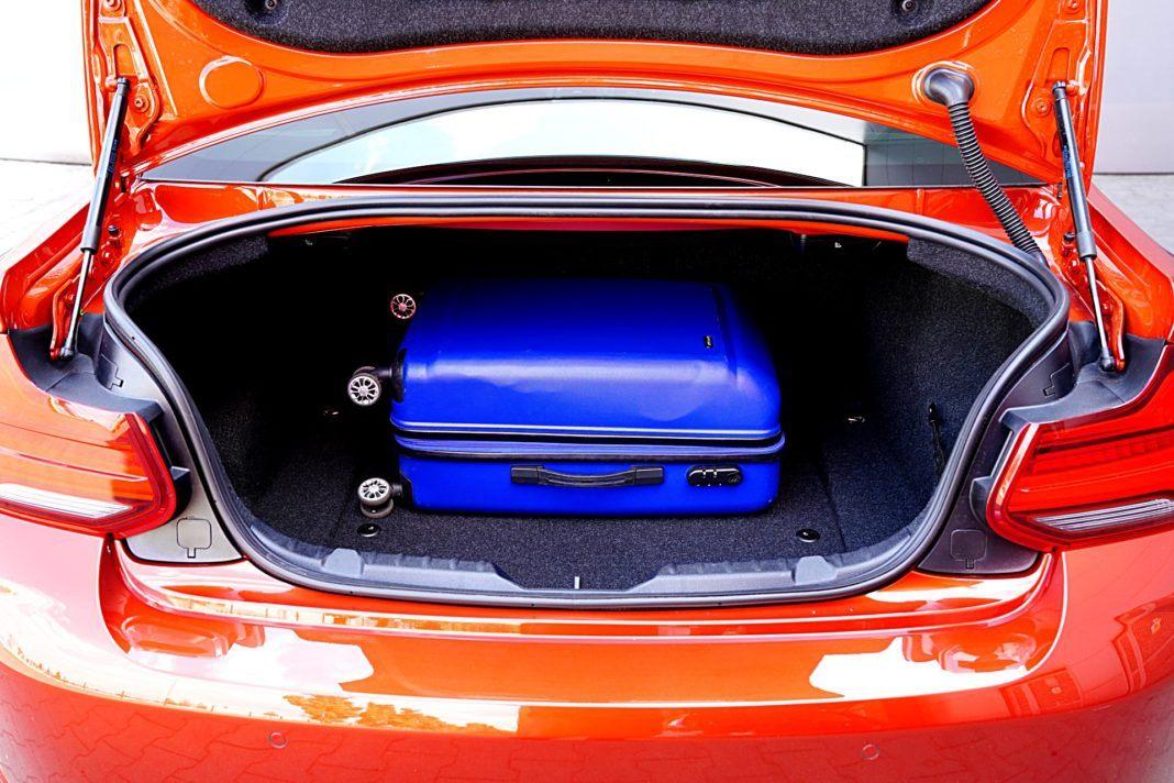BMW M2 Competition – bagażnik